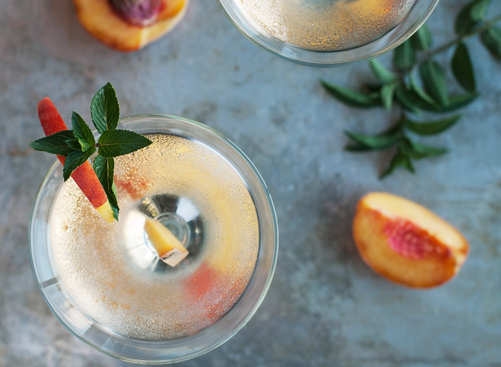 Peach martini glass - best ways to speed up your metabolism